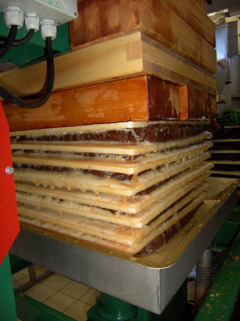 Artland Mosterei - Betrieb - Saft pressen Bild 02